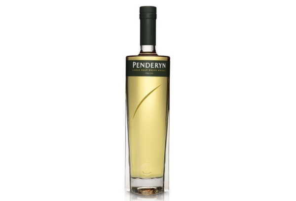Penderyn-peated-alambic-avranches-fougères