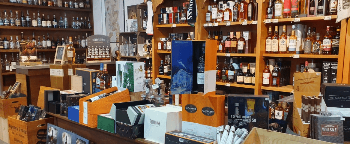 L'Alambic vue d'intérieur coffret vins