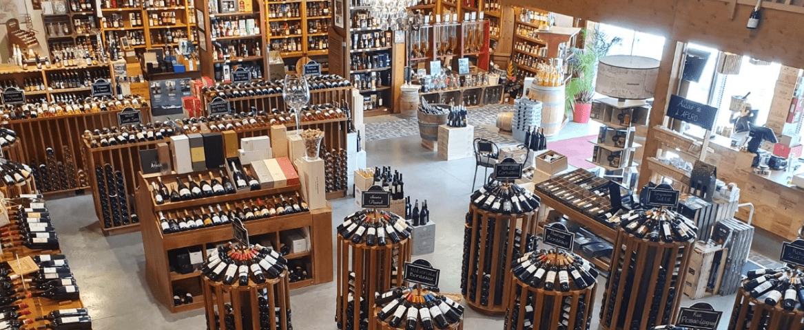 L'Alambic vue d'intérieur cave à vin